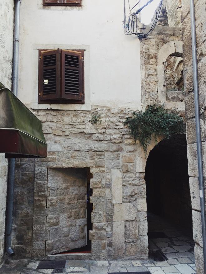 Сплит Хорватия колорит улиц съемки Игры Престолов