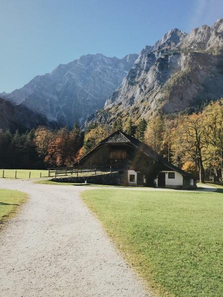 остров святого Варфоломея Альпы Бавария осень