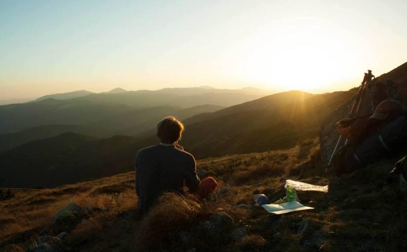 закат в горах, карпаты закат, туризм, поход в горы одному